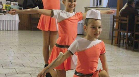 Plesovou sezónu zakončily v Kadetky mladší