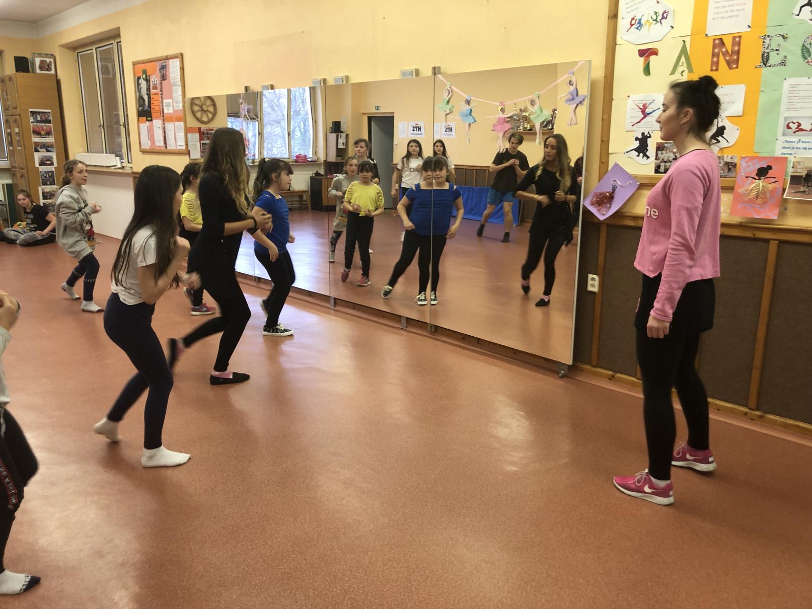 Projekt Šablony – Odborník z praxe, tanečnice a trenérka z Horizontů