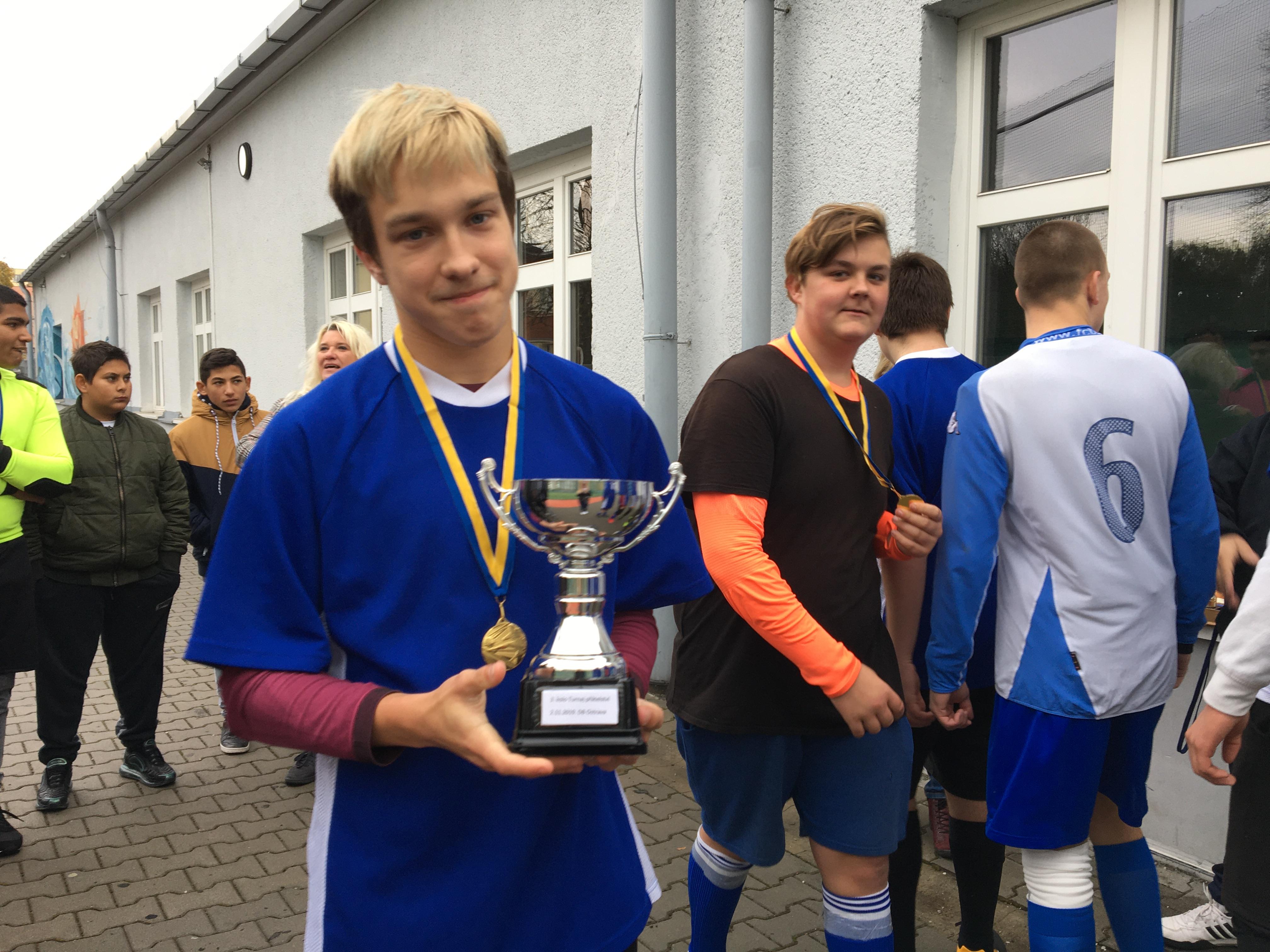 Sportovní víkend – florbal a fotbal